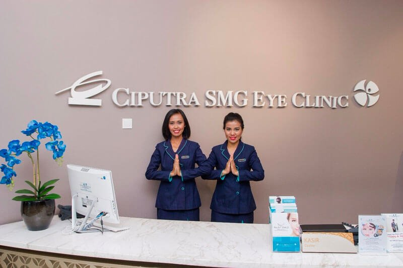 Ciputra SMG Eye Clinic Front Desk